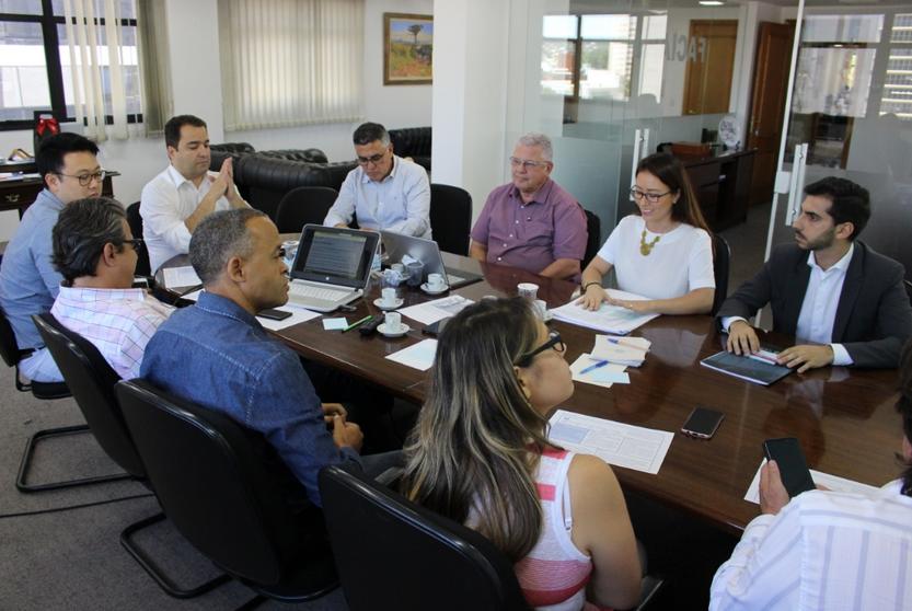 Membros da Faciap e Veritaz em reunião sobre compliance
